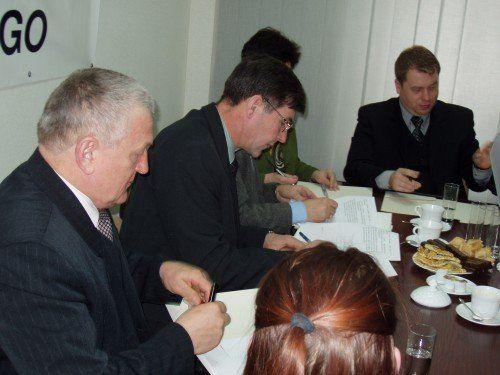 PODPISANIE POROZUMIENIA O WSPÓŁPRACY UŁATWIAJĄCEJ PODLASKIM ROLNIKOM PRZYGOTOWANIE WNIOSKÓW O PRZYZNANIE PŁATNOŚCI OBSZAROWYCH NA ROK 2004 – 1 Marca 2004 R.